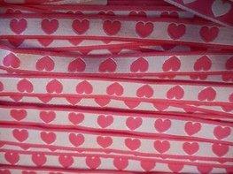 Lint roze hartjes 10 mm breed per meter