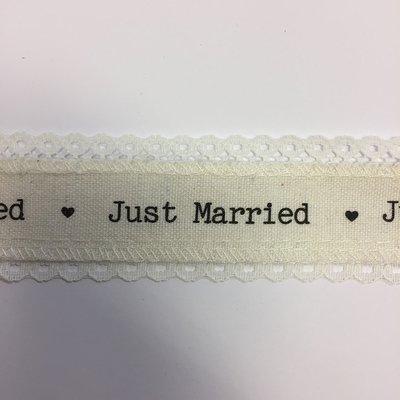 Lint met Just Married 4 cm breed 1 meter lang per zakje