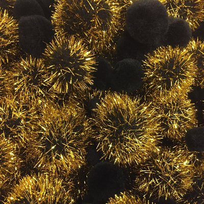 Pom poms zwart goud A4 zak assorti