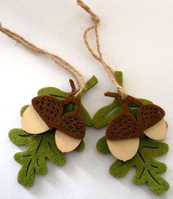 Vilt hout figuur eikel met blad
