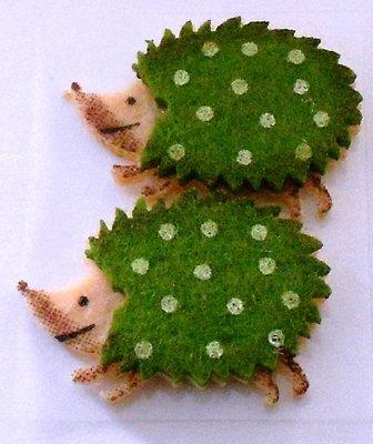 Vilt egel groen 2 stuks 4 cm