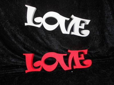Piepschuim woord Love 41 x 12 x 3 cm