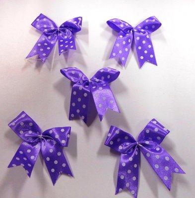 Strikje lila met witte stippen 4 x 4,5 cm 5 stuks