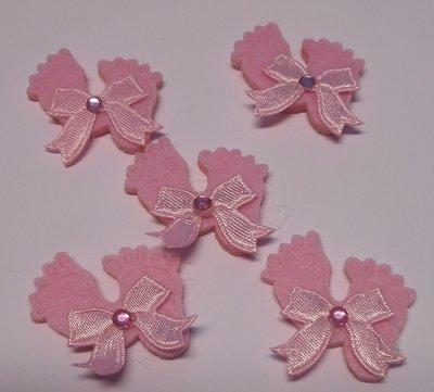 Vilten voetjes roze 5 stuks per zakje