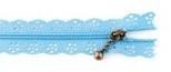 Rits bloemen licht blauw 25 cm lang per stuk