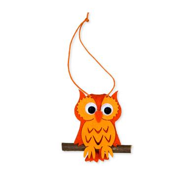 Vilt hanger uil oranje 5,5 x 7,5 cm per stuk