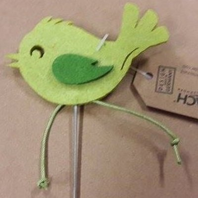 Vilt vogel op steker groen per stuk