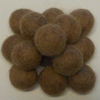Vilt balletjes bruin 20 mm doorsnee 10 stuks per zakje