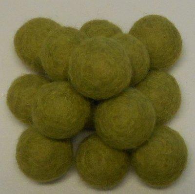 Vilt balletjes olijf groen 20 mm doorsnee 10 stuks per zakje