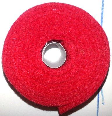 Vilt band op rol 4 cm breed 1,5 meter lang rood