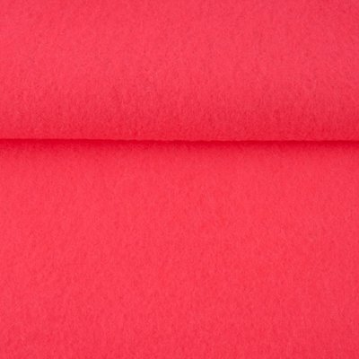 Vilt fluor roze 1,5 mm dik 90 cm breed per meter