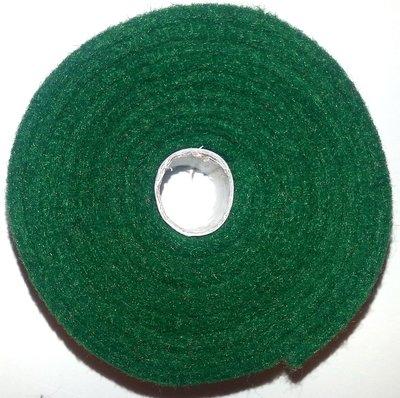 Vilt band op rol 2 cm breed 1,5 meter lang dennengroen