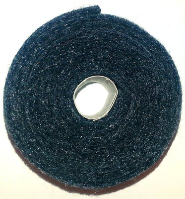 Vilt band op rol 2 cm breed 1,5 meter lang gemeleerd zwart