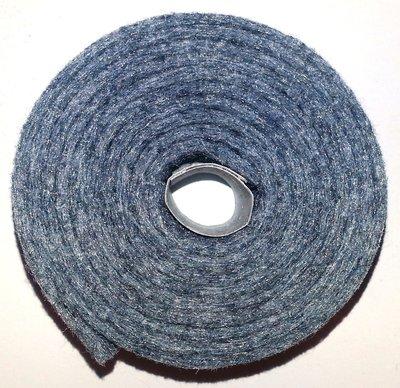 Vilt band op rol 2 cm breed 1,5 meter lang gemeleerd grijs