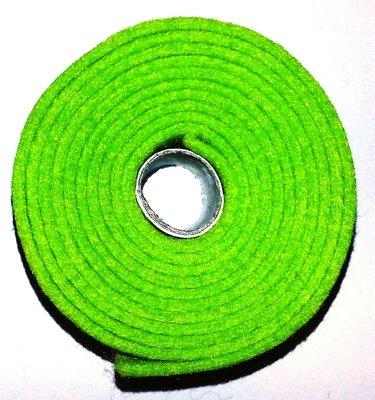Vilt band op rol 2 cm breed 1,5 meter lang fel groen
