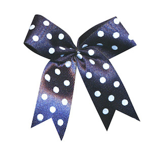 Strikje donker blauw met witte stippen 4 x 4,5 cm 10 stuks per zakje