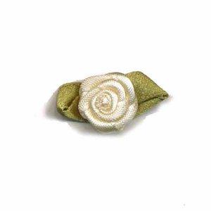 Satijnen roosje ivoor 15 mm 10 stuks per zakje