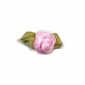 Satijnen roosje met blad licht roze 15 mm 10 stuks per zakje