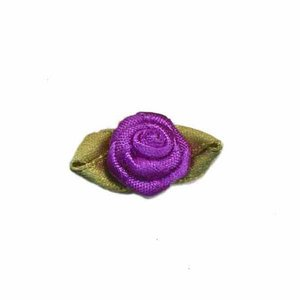 Satijnen roosje paars met blad 15 mm 10 stuks per zakje